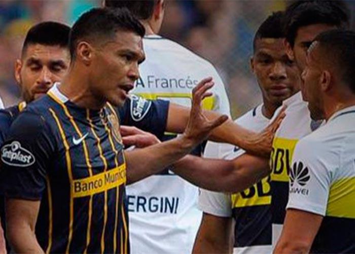 Pistolas, cachetadas y escupitajos a árbitros: la patanería de Teo Gutiérrez en Argentina