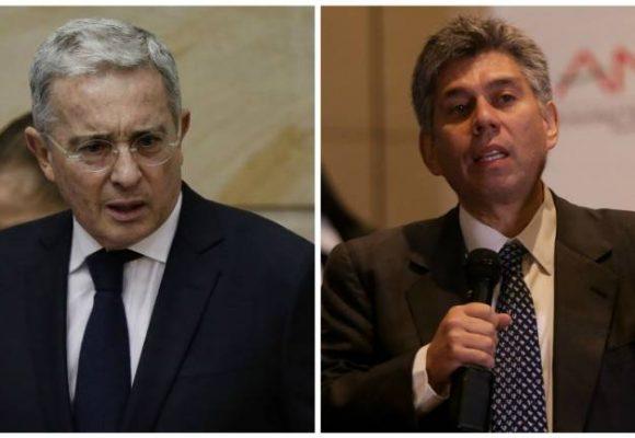El último bombazo de Daniel Coronell contra Alvaro Uribe