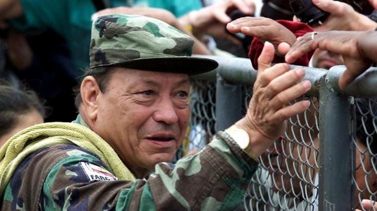 Manuel, contra la extrema derecha y la disidencia