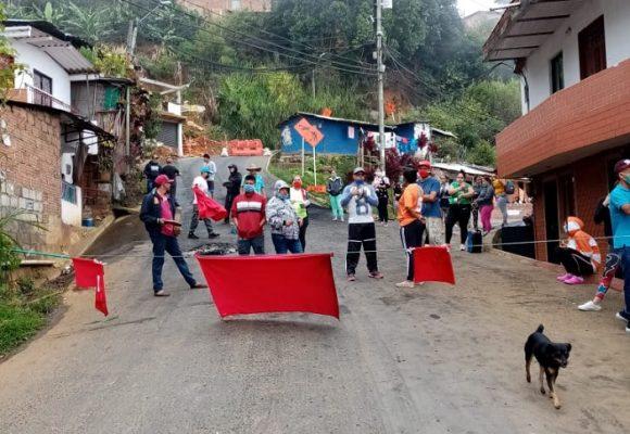 ¿Qué pasó con la ayudas para el barrio La Avanzada (Medellín)?
