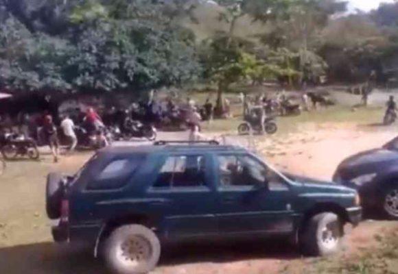 Paseo de olla en cuarentena: sorprenden a 60 personas bebiendo al lado de un río