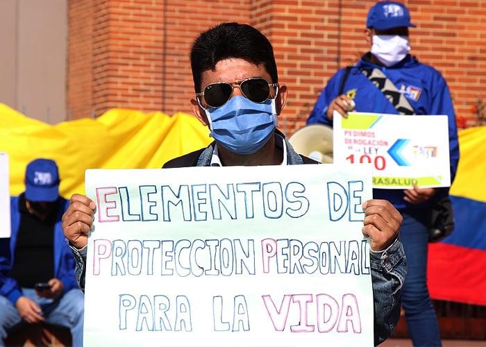 Médicos le tocan la balada fúnebre a la Alcaldesa de Bogotá