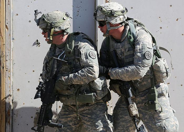 Con los marines, el imperialismo está a la vuelta de la esquina