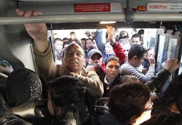 Alcaldesa, ¿por qué invertir en TransMilenio, un sistema que nos condena al contagio?