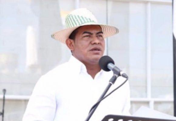 El alcalde de Uribia contra las cuerdas por cuestionadas decisiones