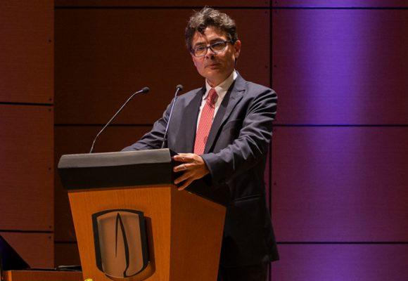 Alejandro Gaviria, ¿un auténtico liberal o una ficha del liberalismo?