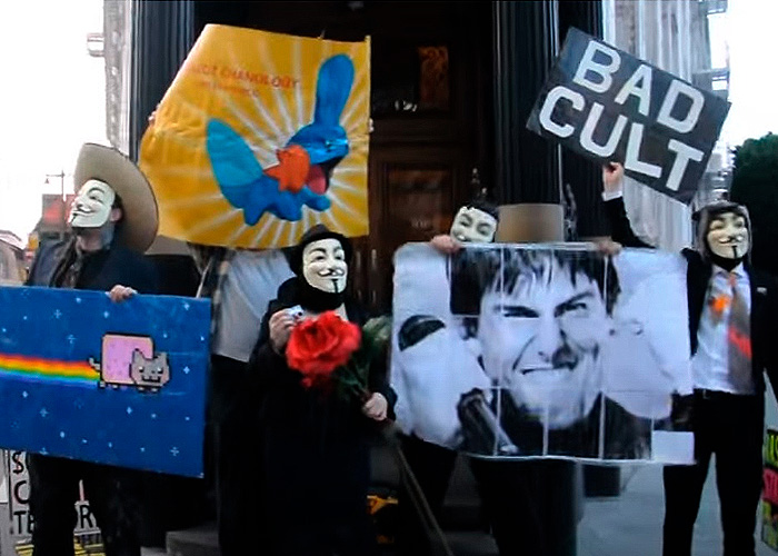 Anonymous se posicionó metiéndose con el intocable Tom Cruise