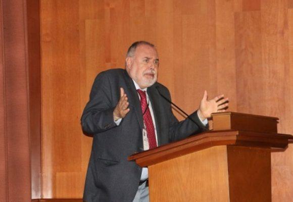 Gilberto Tobón Sanín: ¿analista político o vocero de la izquierda?