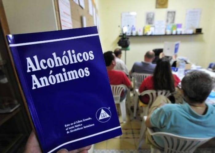 Alcohólicos Anónimos: 85 años salvando vidas