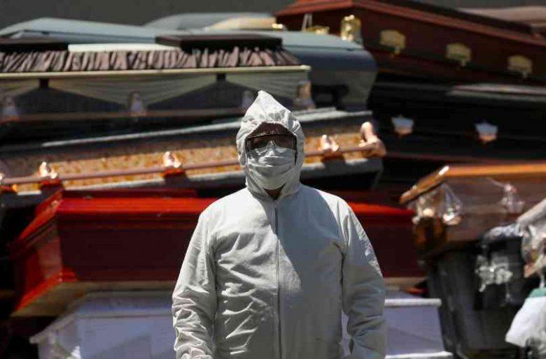 En Atlántico familiares abren ataúd de muerto por Coronavirus