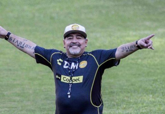 La grosería de Maradona con sus hijas