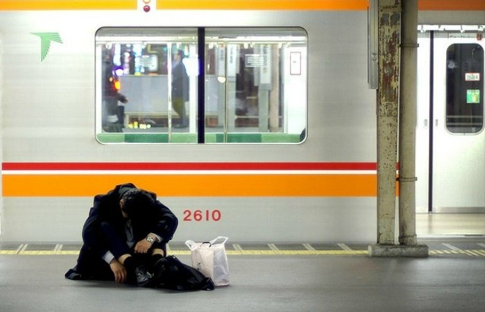 Los suicidas que se le botan al tren en Japón