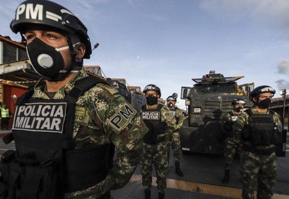 Duque manda refuerzos militares a Barranquilla para controlar a la gente