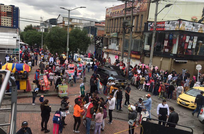 La irresponsabilidad de los bogotanos: San Victorino como si fuera diciembre