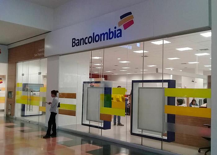 Denuncian abusos de Bancolombia a sus clientes