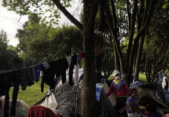 La miseria de los miles de venezolanos varados en Bogotá