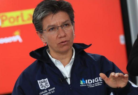 Iglesias en Bogotá permanecerán cerradas por julio y agosto: Claudia López