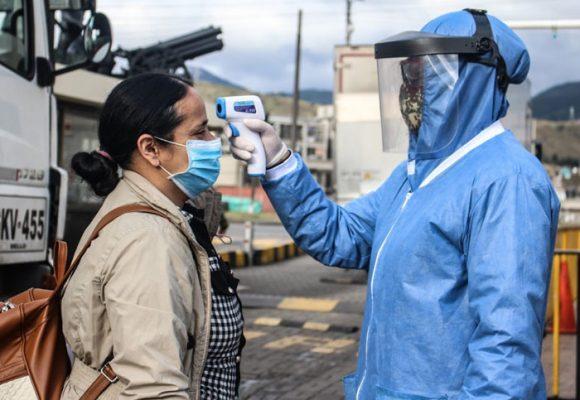 3.884 nuevos casos y 165 fallecidos por COVID-19 en Colombia