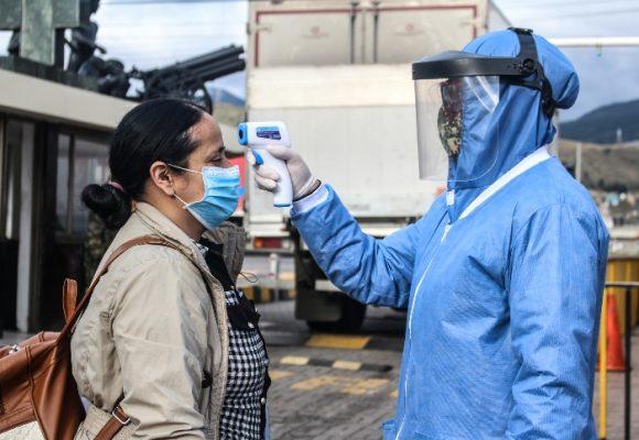 6578 nuevos casos y 220 fallecidos más por COVID-19 en Colombia