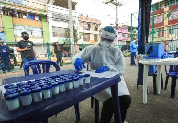8.496 nuevos contagios y 151 fallecidos más por Covid-19 en Colombia
