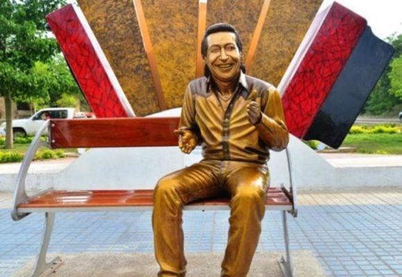 ¿Alcaldía de Valledupar tumbará estatua de Diomedes Díaz?