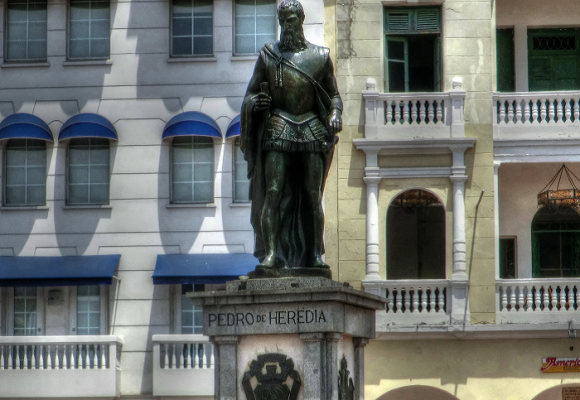 ¿Debe quitar Cartagena la estatua de Pedro de Heredia?