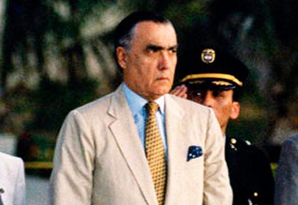 La tarde en la que Julio Mario Santodomingo mató a una culebra escupiéndola