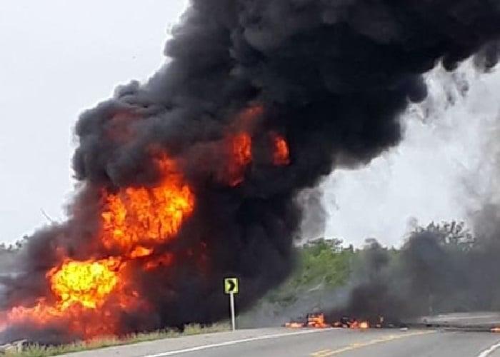 El reprochable morbo de los colombianos ante la tragedia del camión