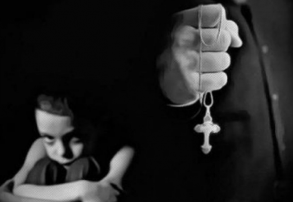 Cinco sacerdotes violan a niño en Villavicencio
