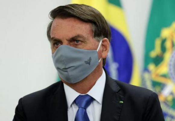 ¿Ahora si estará convencido? Bolsonaro vuelve a dar positivo