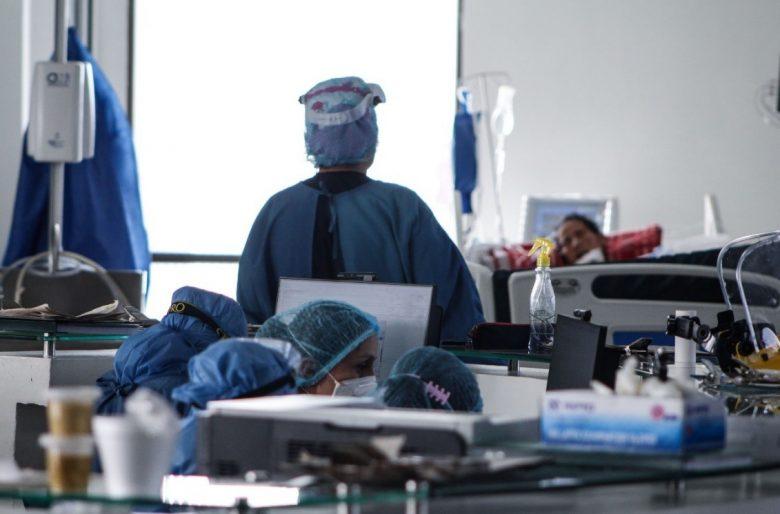 Con una inyección se mató el jefe de enfermeros de un hospital en Bogotá