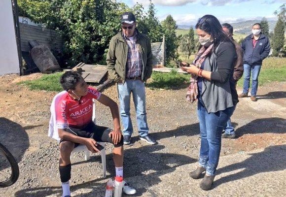 Chofer imprudente casi mata a Nairo en Tunja