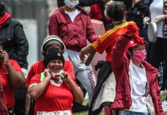 Entre el pico de la pandemia y el derrumbe social