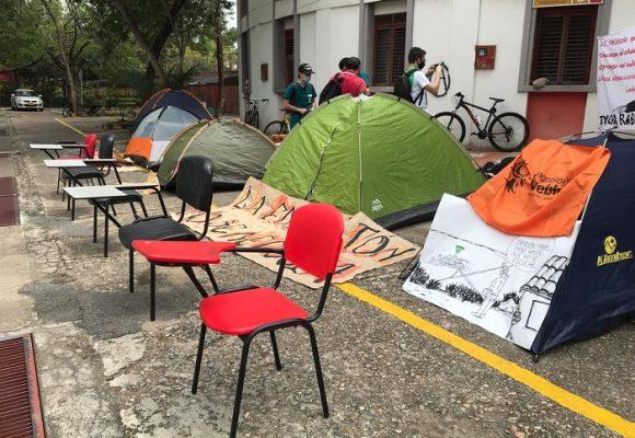 La huelga de hambre de los estudiantes de la Universidad Surcolombiana