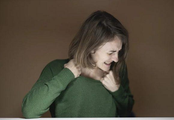 El otro maltrato que las mujeres callamos