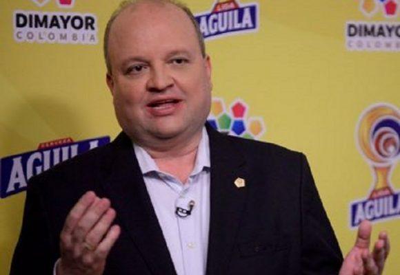 ¿Por qué quieren impedir que Jorge Enrique Vélez destape las ollas podridas del fútbol colombiano?