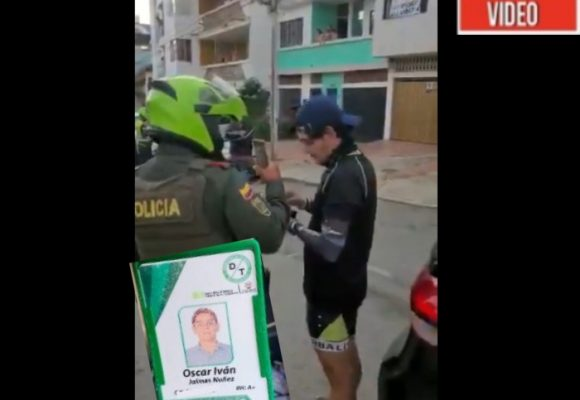 VIDEO: Funcionario de Tránsito de Bucaramanga accidentado por manejar borracho