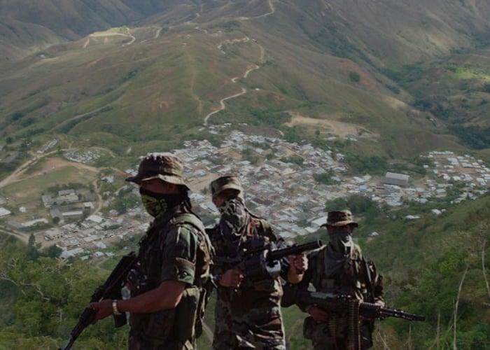 Por llevar sus tareas al colegio, los paras asesinan a dos menores entre Cauca y Nariño