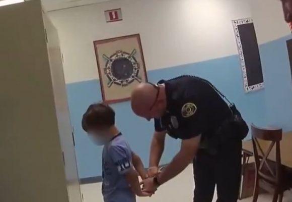 La maldad de un policía arrestando un niño de 8 años con discapacidad. VIDEO
