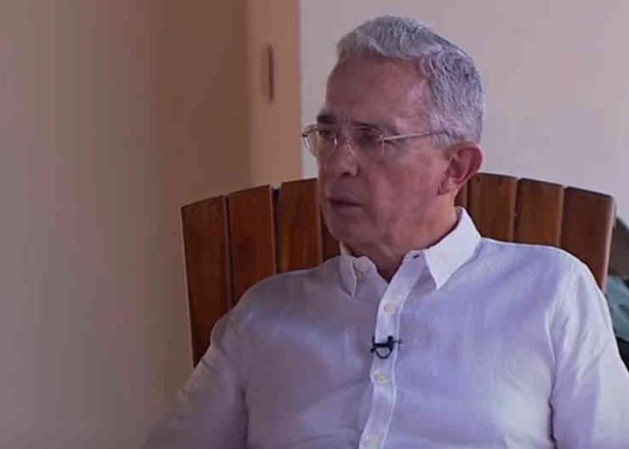 Alvaro Uribe, positivo para COVID 19