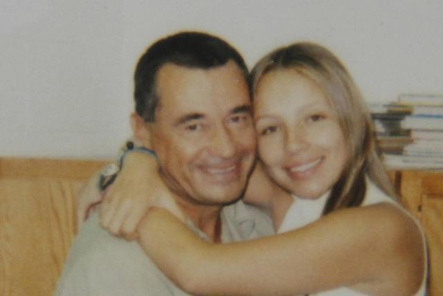 Reaparece Carlos Lehder desde Alemania y desautoriza a su hija Mónica como su vocera