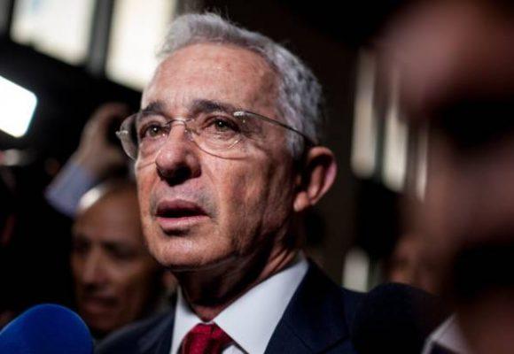 Uribe llama