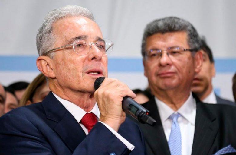 La detención de Uribe: otro paso hacia el poder comunista