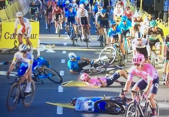 Por ganar una etapa dejó al borde de la muerte a otro ciclista