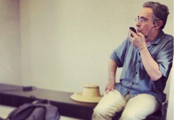 El expresidente Uribe sólo viajará a Medellín, cuando supere la COVID-19