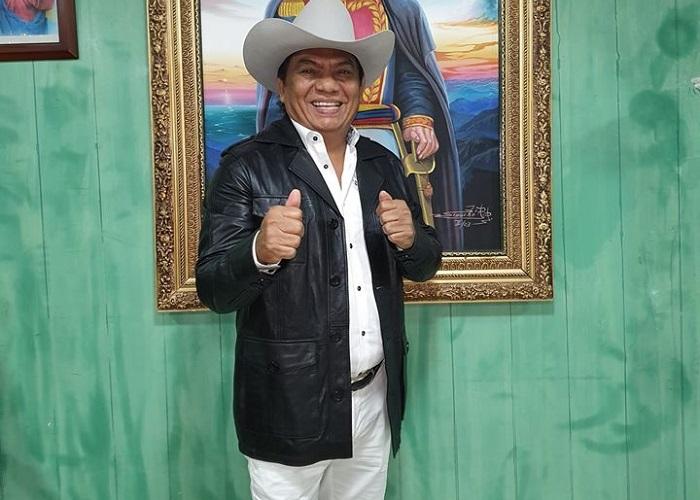 """""""Soy palo de buena madera"""": Aries Vigoth"""