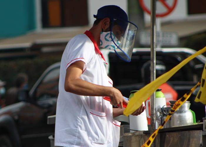 1.422 casos nuevos y 43 fallecimientos más por covid en Colombia