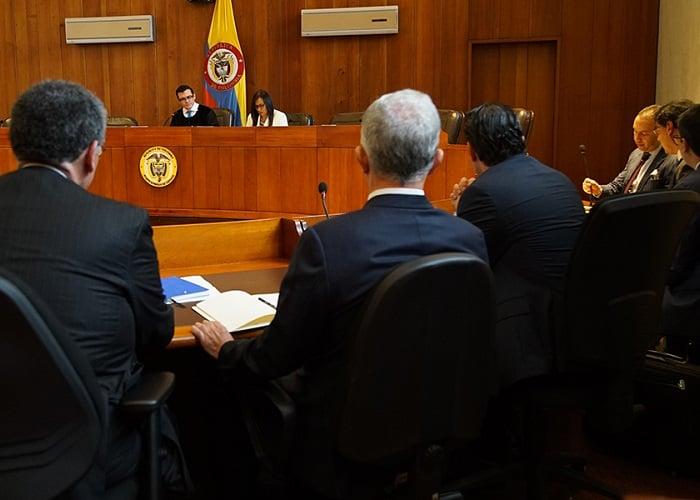 De la indagatoria de Uribe y algo más
