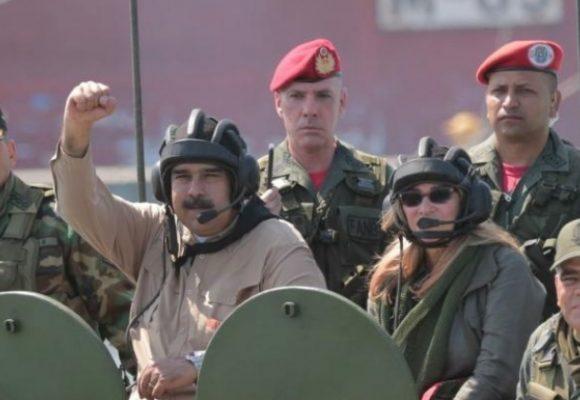 Hay que atenderle la guerra a Maduro