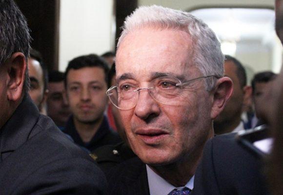 A Uribe simplemente se le fue la liebre